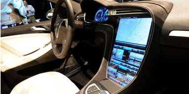 Tesla muss 135.000 Autos zurückrufen