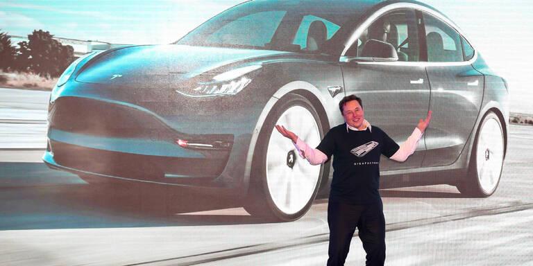 Tesla kündigt neuen Wunder-Akku an