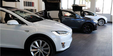 Tesla-Autos kann man jetzt mit Bitcoins kaufen