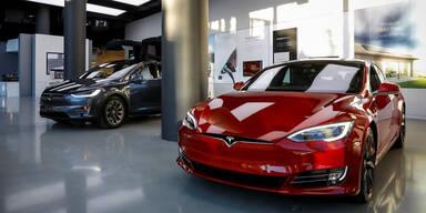 "Tesla plant neuen ""Super-Autopilot"""