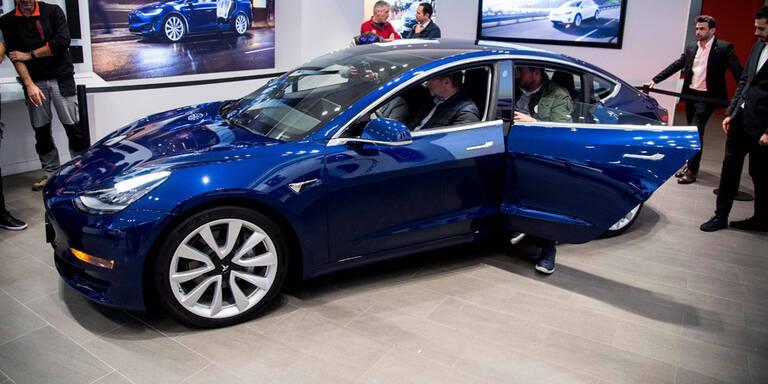 Tesla wäre wegen Model 3 fast abgehaust