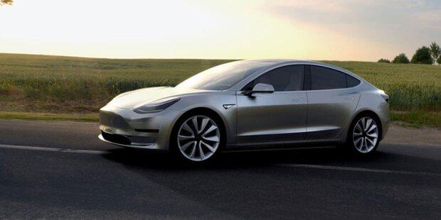 Tesla bringt sein Model 3 auf Schiene