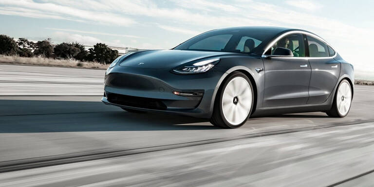 Tesla verblüffte jetzt selbst Skeptiker