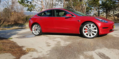 Qualitätsprobleme bei Teslas Model 3