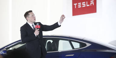 """Tesla-Chef kündigt """"unglaubliches Biest"""" an"""