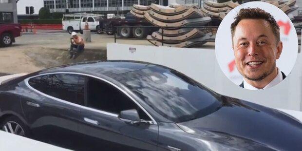 Elon Musk versenkt einen teuren Tesla