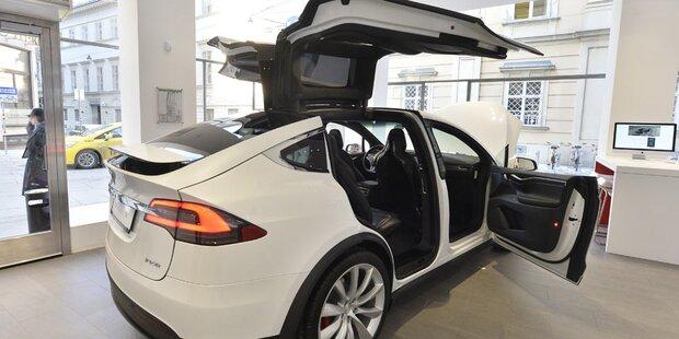 Batterieknappheit bremst Tesla