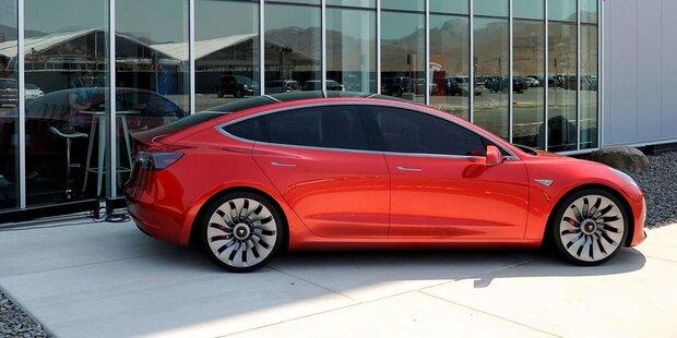 Tesla bringt Model 3 nicht auf die Reihe
