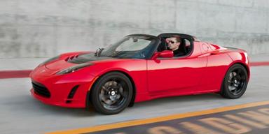 Tesla frischt den Roadster auf