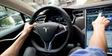 Diesen Fehler machte Teslas Autopilot