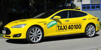 Tesla Model S ist erstes E-Taxi in Wien