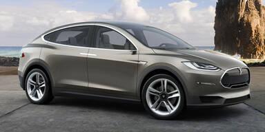 Tesla-SUV Model X vor dem Start