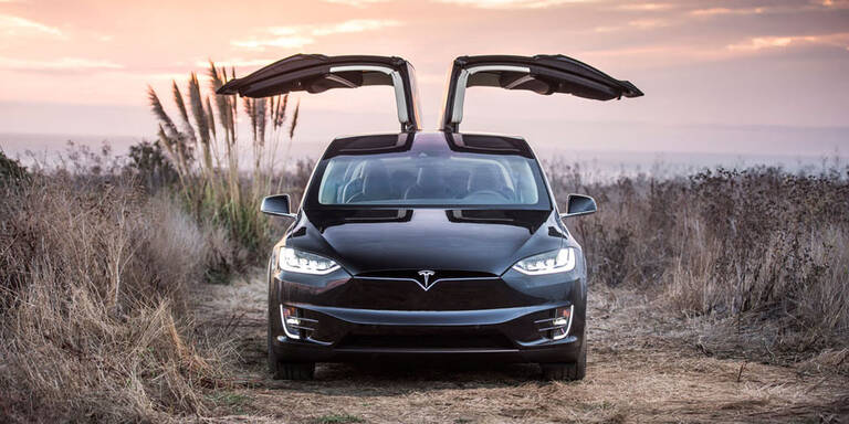 Tesla Model X startet in Österreich