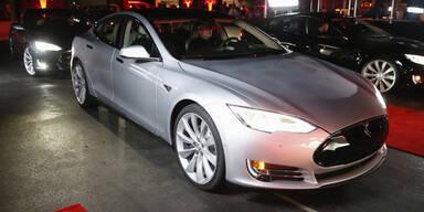 Tesla-Kunden müssen sich gedulden