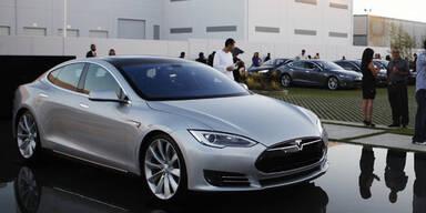 Tesla-Vorstoß: E-Autos vor Durchbruch?