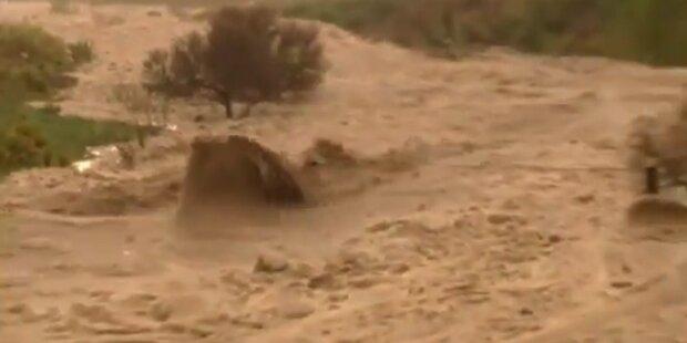Texas: Schwerer Hagel und Schlammfluten