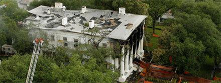 Amtssitz des texanischen Gouverneurs in Brand