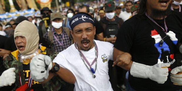 Demonstranten belagern Ministerien