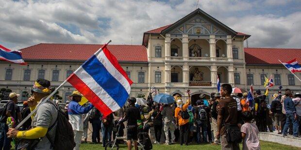 Hauptquartier der Armee besetzt