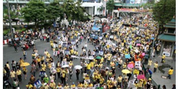 Demonstranten wollen Thailands Regierung stürzen