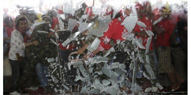 Demonstranten stürmten ASEAN-Gipfel