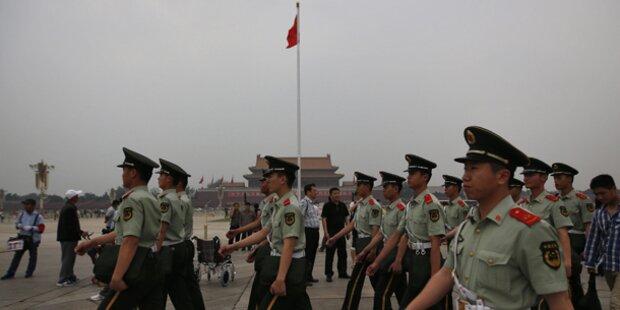 Mehrere Tote auf Pekings Tiananmen-Platz