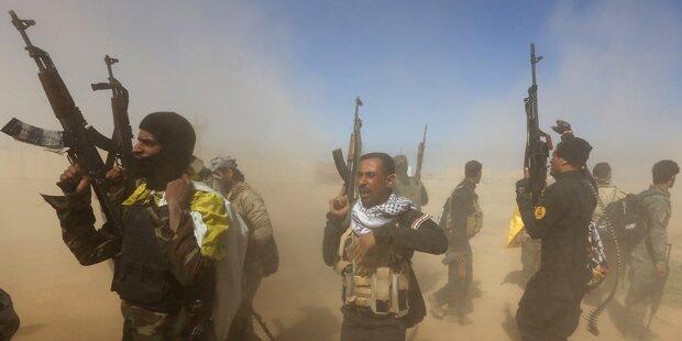 Irakische Armee nimmt Teile Tikrits ein
