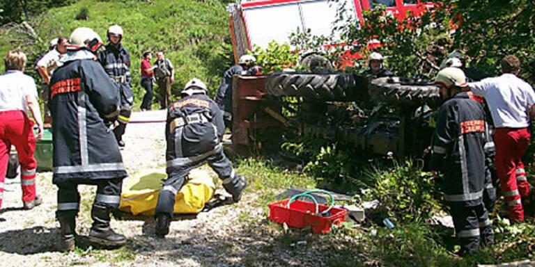 Jungbauer von Traktor erdrückt