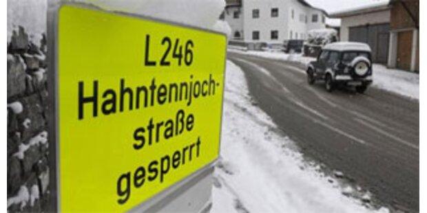 Weiterhin Straßen in Tirol gesperrt