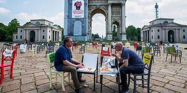 Corona: Wirte demonstrieren gegen Tischabstände