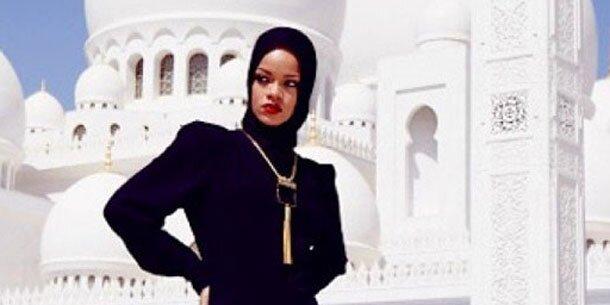 rihanna fliegt in abu dhabi aus moschee. Black Bedroom Furniture Sets. Home Design Ideas