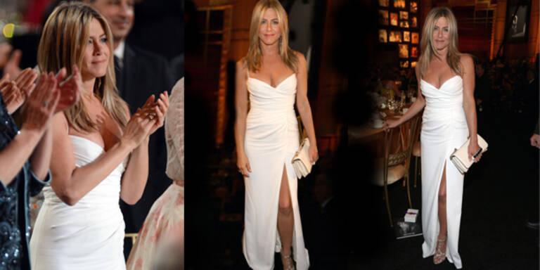 Jennifer weiß wie man es richtig trägt!