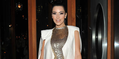 Kardashian lächelt Scheidungs-Gerüchte weg