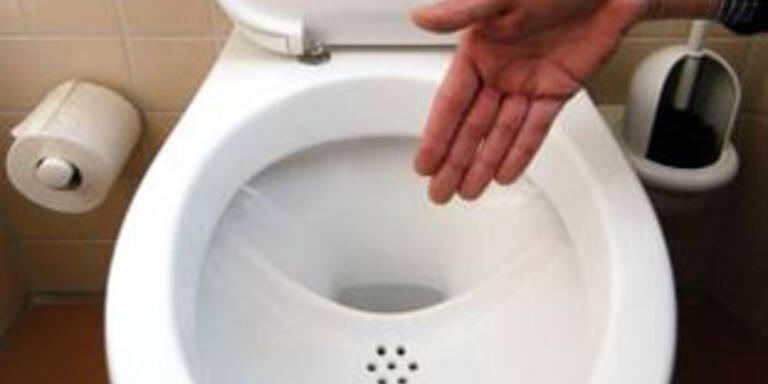 Brite war vier Tage in Toilette eingesperrt