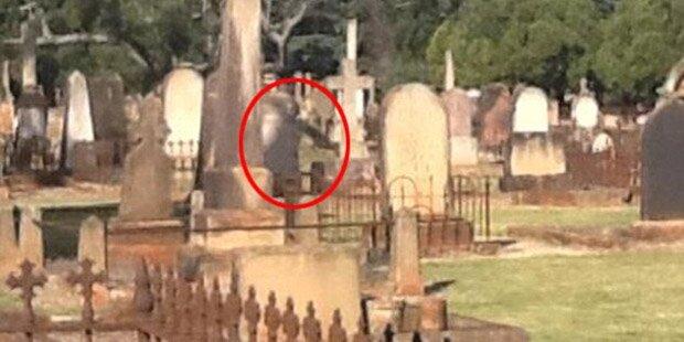 Geister stürmen australische Stadt