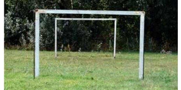 Zwölfjährige von Fußballtor erschlagen