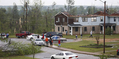 Wieder Tote bei neuen Tornados