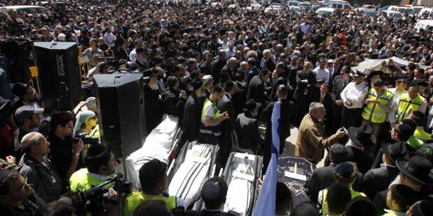 Tausende trauern um tote Kinder