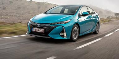 """Prius Plug-in Hybrid ist """"World Green Car 2017"""""""