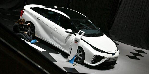 Hybridauto-Allianz von Toyota und Geely