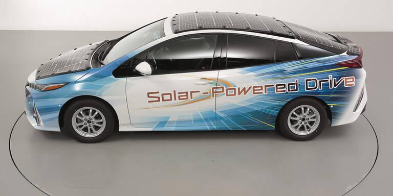 Toyota Hybrid: Sonne verlängert Reichweite