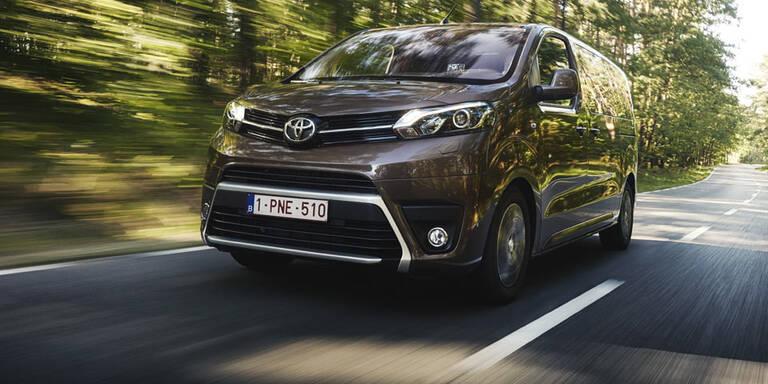 Toyota Proace greift den VW T6 an