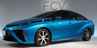 Dieser Toyota stößt nur Wasser aus