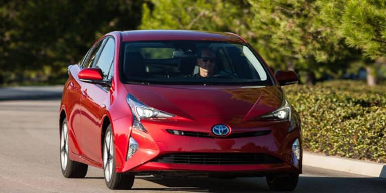 Neuer Prius trumpft mit Spatzendurst auf