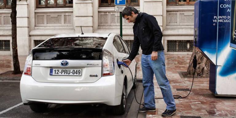 Test: Gute Noten für Plug-in-Hybride