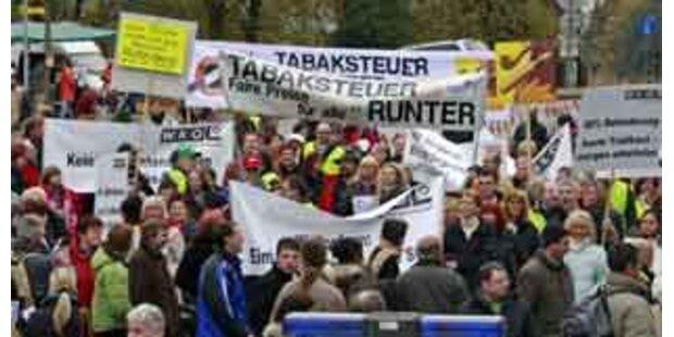 Trafikanten-Demo am Grenzübergang Lavamünd