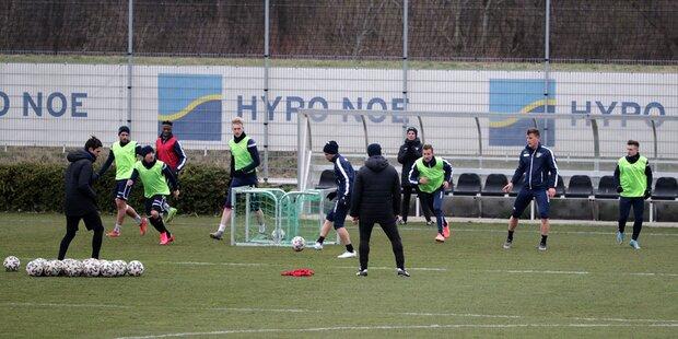 Bundesligisten dürfen trainieren