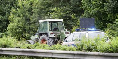 Vater fuhr Sohn (4) mit Traktor an - tot