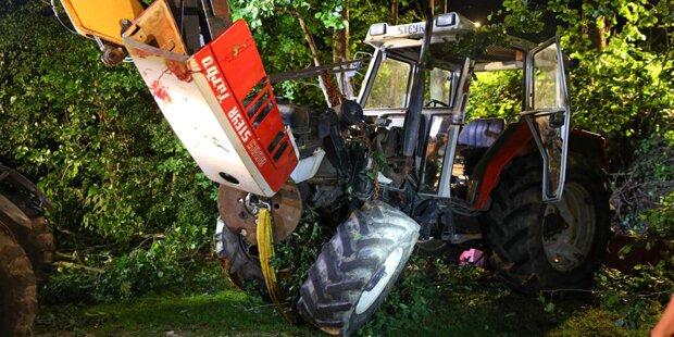 Bauer bekommt Herzinfarkt und stürzt mit Traktor ab – tot