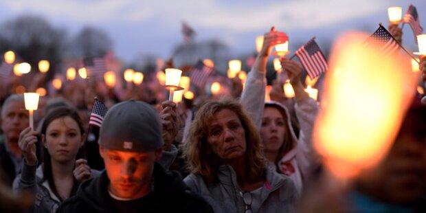 Hunderte bei Gedenkfeiern für Opfer